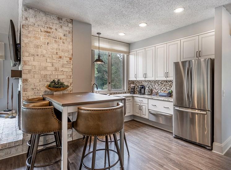 Wilde Lake Apartments Kitchen