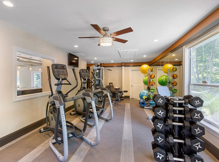 Hanover Crossing Apartments Fitness 2