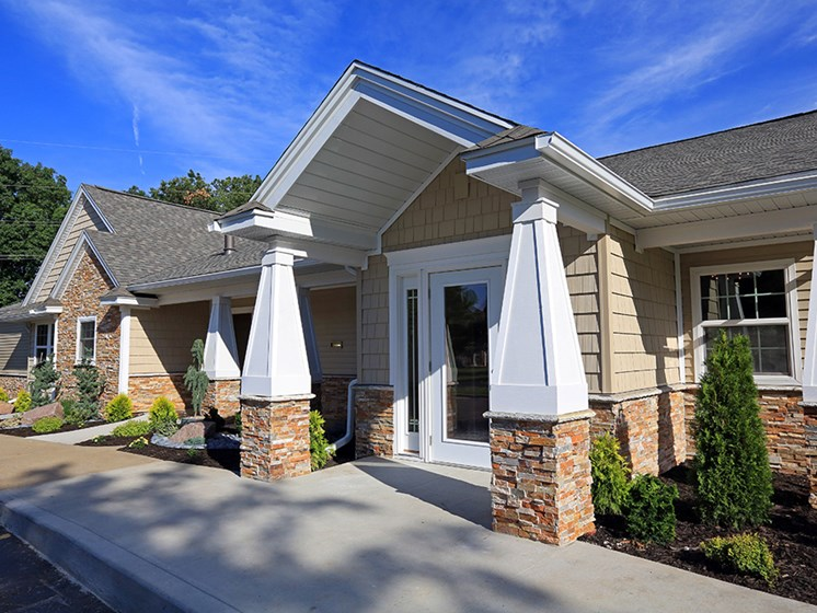 Resident Clubhouse At The Bronco Club Townhomes In Kalamazoo, MI Near Western Michigan University