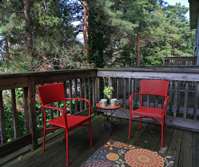 Decks with Lovely Views at The Bronco Club Townhomes In Kalamazoo, MI Near Western Michigan University