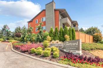 3900 Southcenter Blvd 1-2 Beds Apartment for Rent Photo Gallery 1