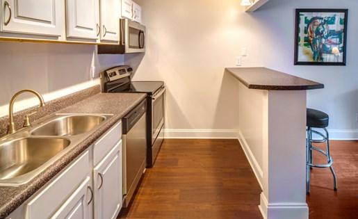 Grand Oaks Apartment Homes Riverview, FL 33578 Kitchen