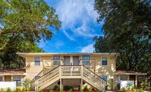Grand Oaks Apartment Homes Riverview, FL 33578