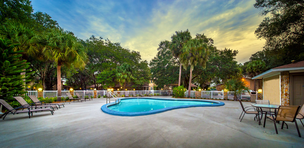 Grand Oaks Apartment Homes Riverview, FL 33578 Pool