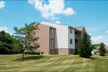1205 Lake Blvd 2-3 Beds Apartment for Rent Photo Gallery 1