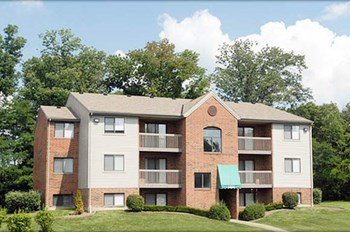 1700 East High Street 2-3 Beds Apartment for Rent Photo Gallery 1