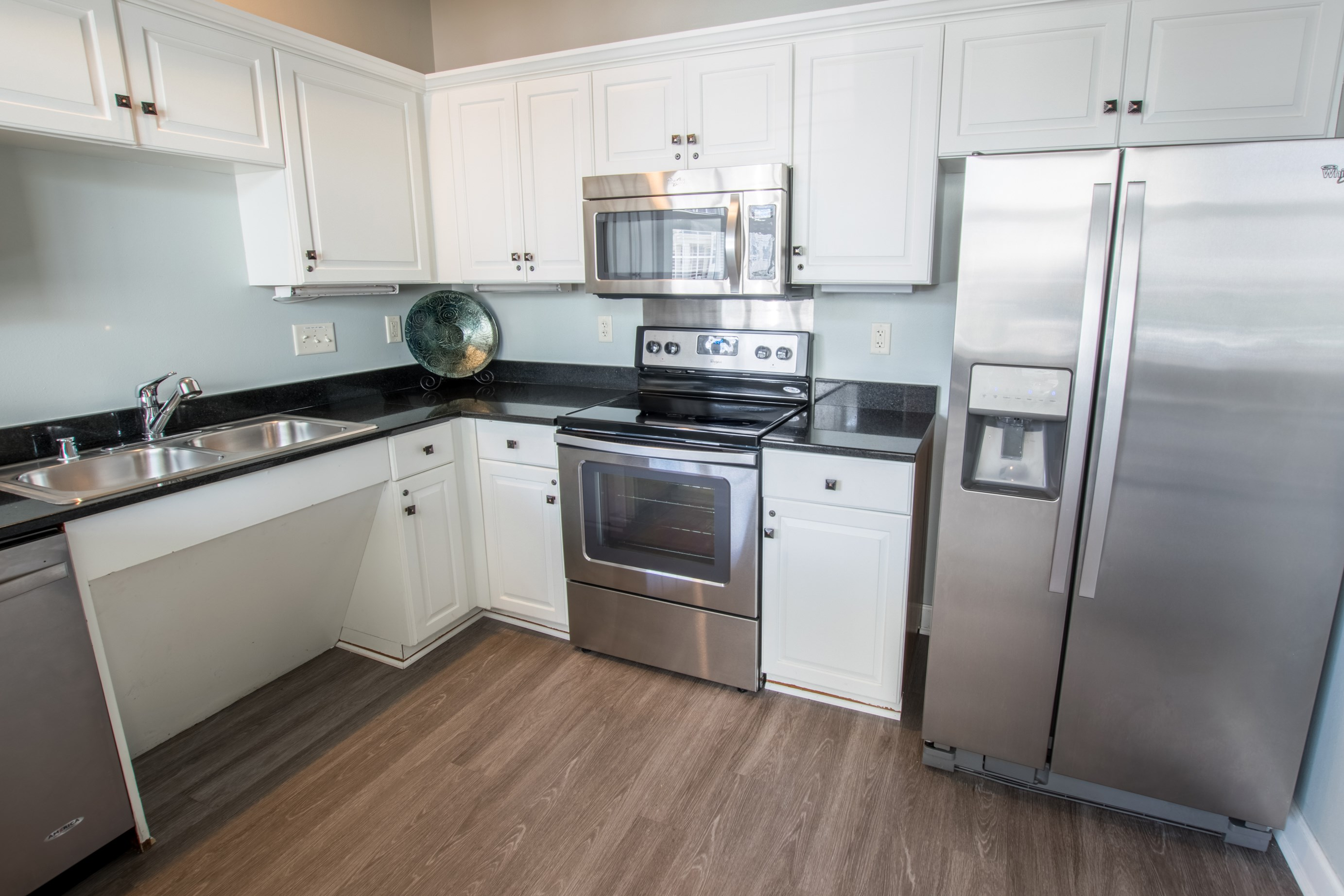 Clubhouse Kitchen at Norhardt Crossing Apartments in Brookfield, WI