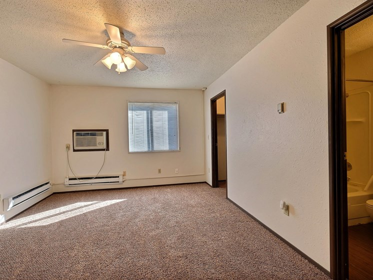 Kingswood Apartments | 3 Bdrm - Master Bedroom