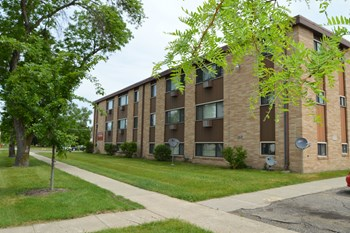 2814 7th St N Studio-2 Beds Apartment for Rent Photo Gallery 1