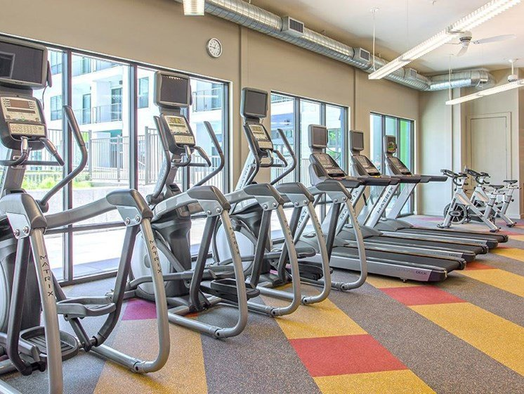 downtown austin apartments with fitness center