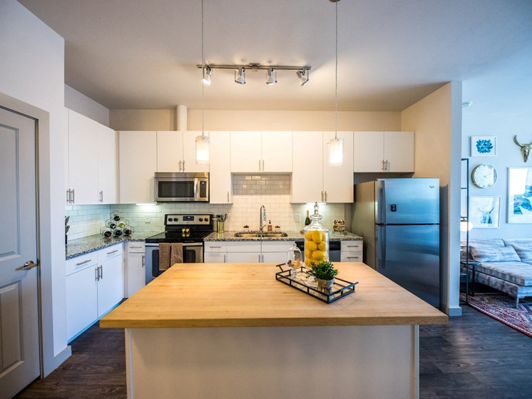 kitchen apartments in east austin