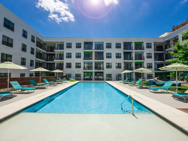 pool apartments in east austin