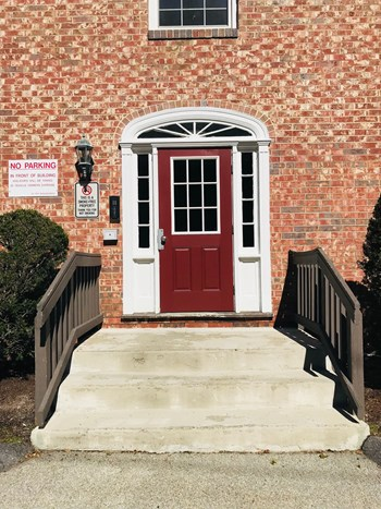 80 Locust Avenue 1-2 Beds Apartment for Rent Photo Gallery 1