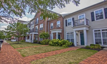 4430 N Holland-Sylvania Road 1-3 Beds Apartment for Rent Photo Gallery 1
