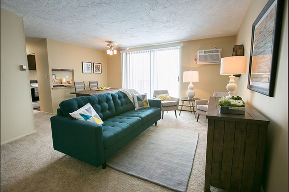 The Drake Apartments 6503 1 2 Marsol Road Mayfield Heights Oh Rentcaf