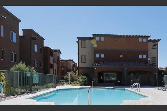 Boulder Pointe Apartments 993 Equestrian Dr Henderson