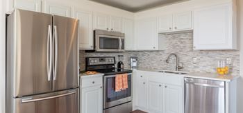 1037 Howell Pl Studio-2 Beds Apartment for Rent Photo Gallery 1