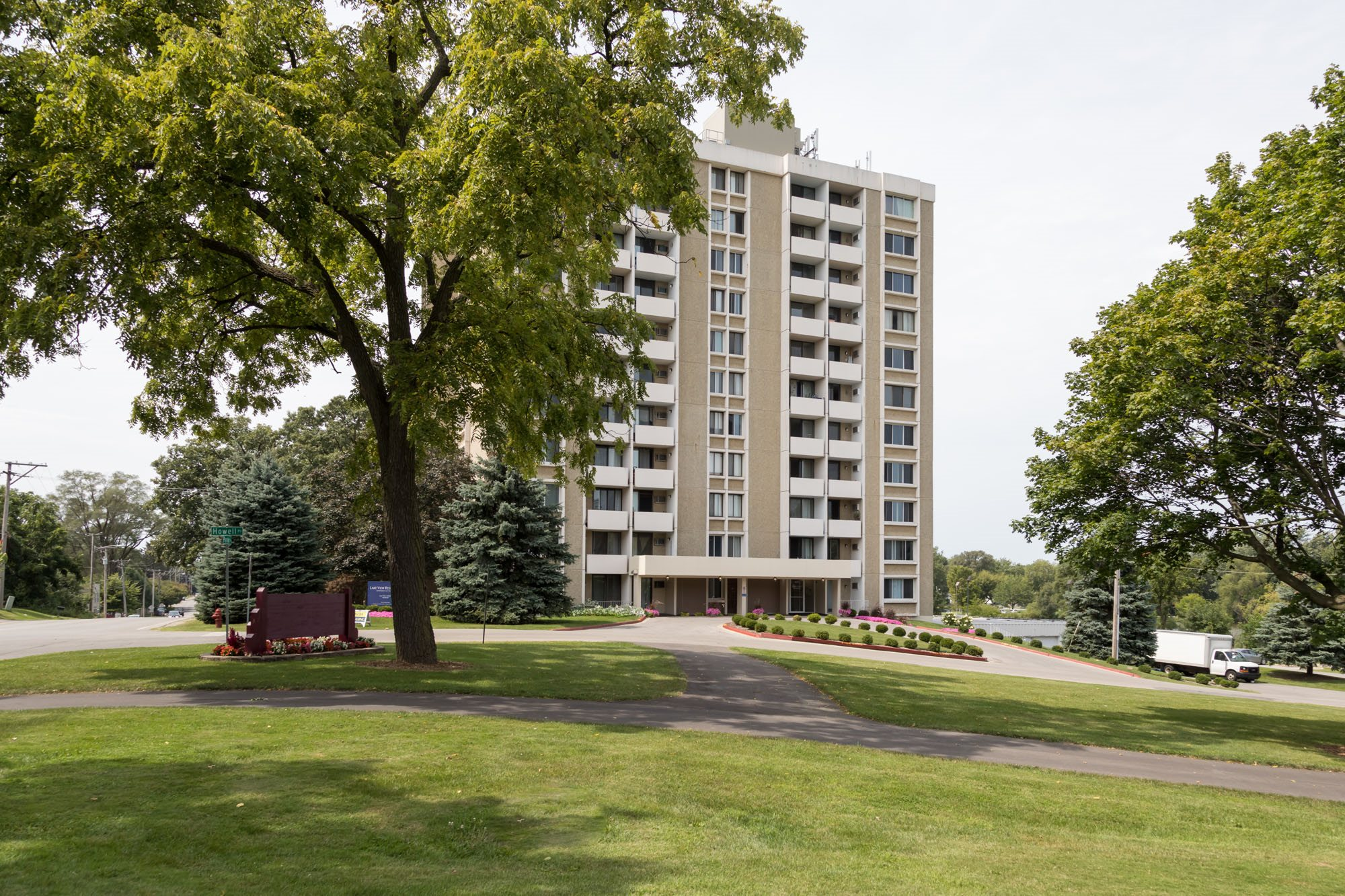 lake view residences apartments in aurora il
