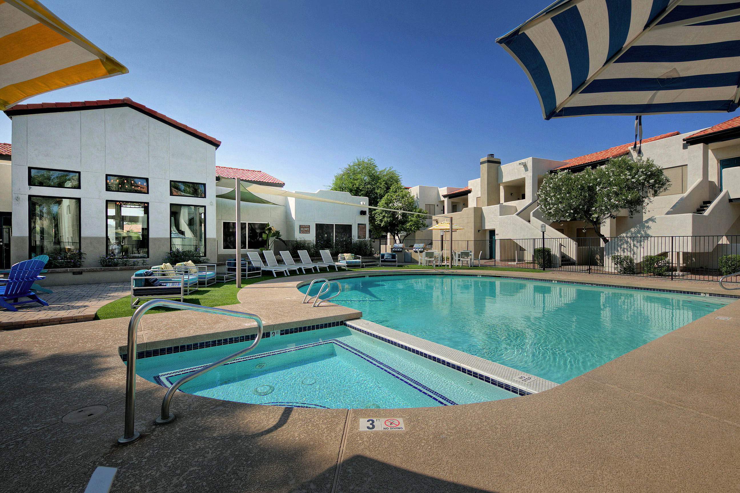 Villa Blanco_Tempe_AZ_Spa and Pool