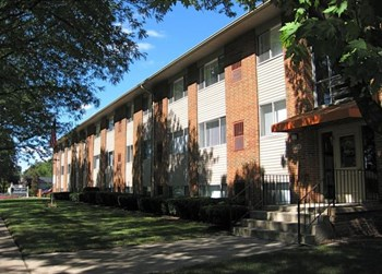 1045 East Woodward Heights Blv 1-2 Beds Apartment for Rent Photo Gallery 1