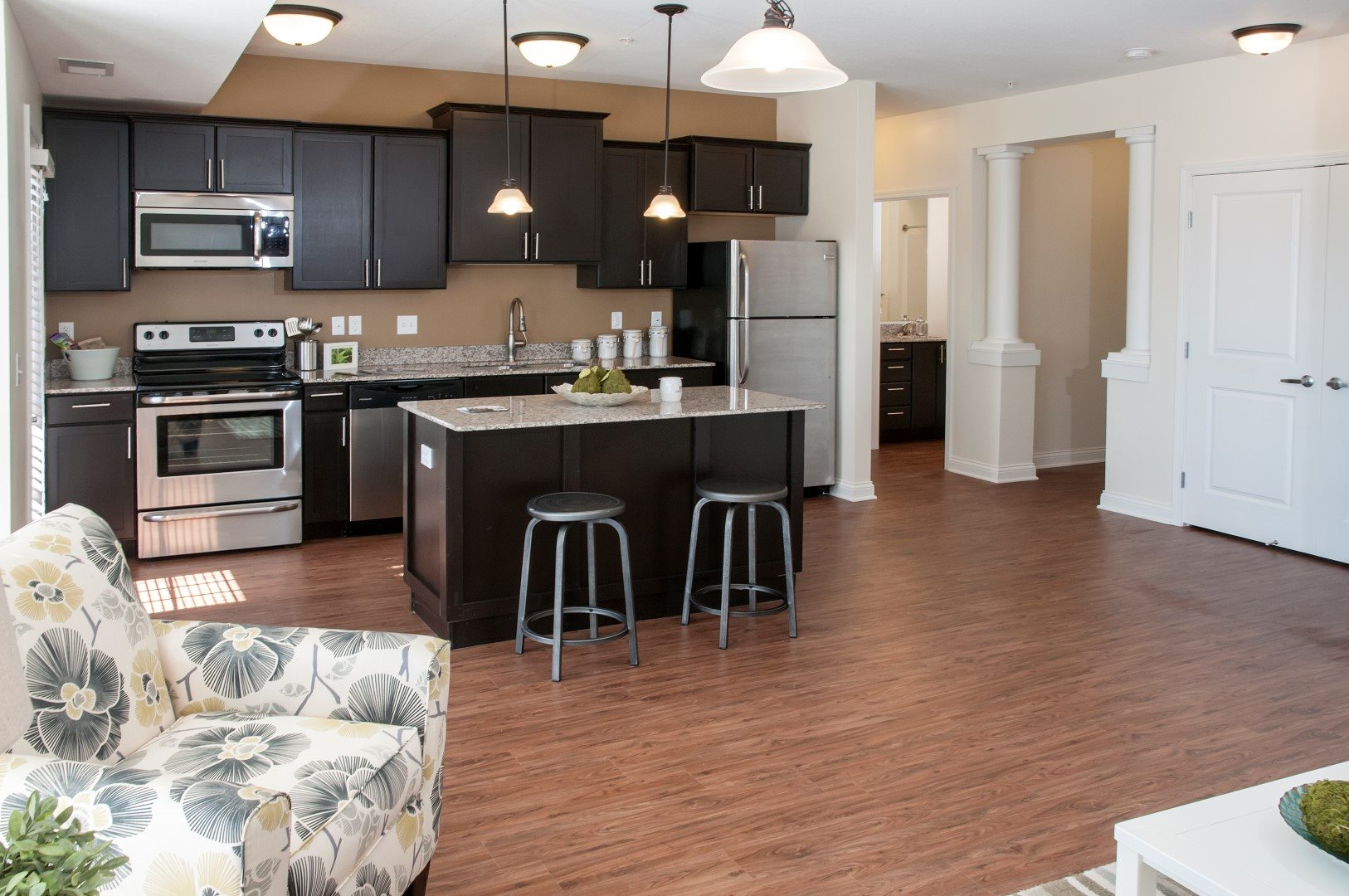 Eat-in Kitchens at 5 Central Apartments, Osseo, MN,55369