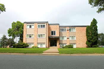 8940 Wentworth 1-2 Beds Apartment for Rent Photo Gallery 1