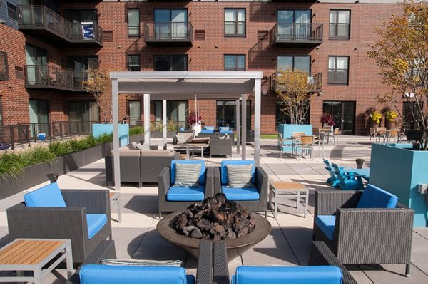 Rooftop Sundeck and Lounging Area at Martin Blu, Eden Prairie, Minnesota