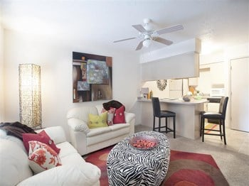1600 Westlake Drive 1-2 Beds Apartment for Rent Photo Gallery 1