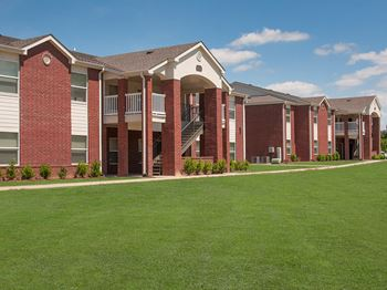 147 Links Drive, Building 33 A 1-2 Beds Apartment for Rent Photo Gallery 1