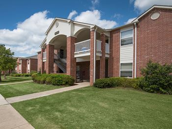4315 Golf Club Drive #7901 1-2 Beds Apartment for Rent Photo Gallery 1