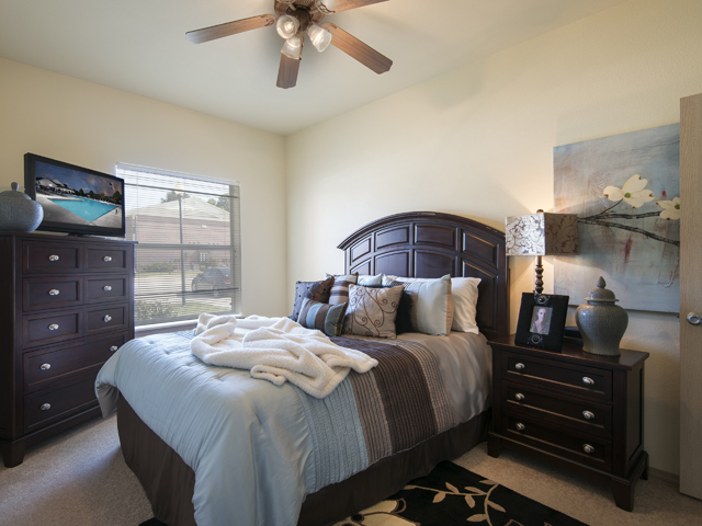 Spacious 1 And 2 Bedroom Floorplans At The Links At Columbia, Columbia, MO  65202