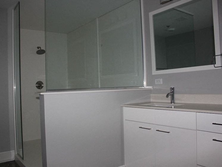 Large modern bathroom available at Thomas Jefferson tower apartments in Birmingham, AL 35203