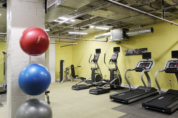 Thomas Jefferson Tower apartments in Birmingham, AL 24-hour fitness center 35203