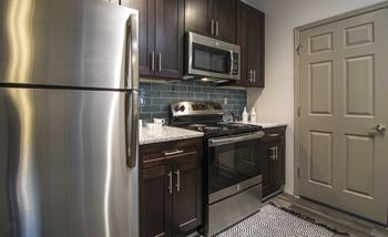 1570 Sheridan Rd NE 1-3 Beds Apartment for Rent Photo Gallery 1