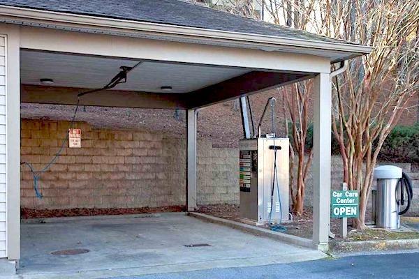 150 Summit, Birmingham, AL,35243 car care center with vacuum