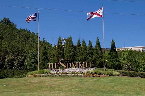 150 Summit, Birmingham, AL,35243 entrance to The Summit