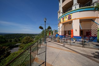 Within walking distance to Birmingham dining and nightlife at 150 Summit, Birmingham, AL,35243