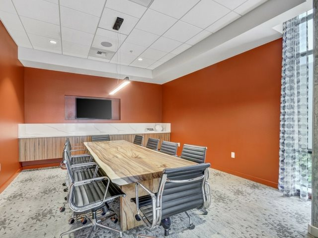 Business Room  at The Whittaker, Washington 98116