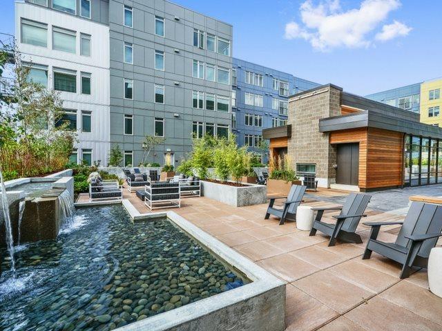 Courtyard at The Whittaker, Washington 98116