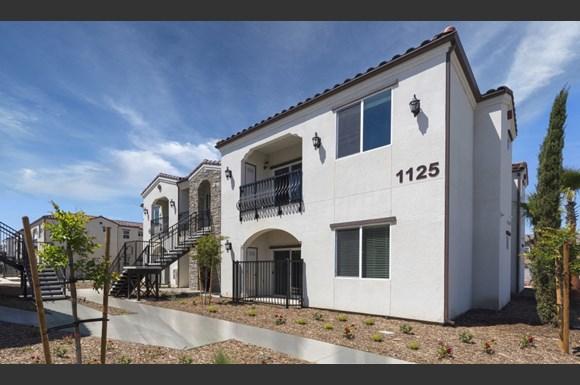 Montecito Apartment Homes 1137 N Woodland Street Visalia Ca
