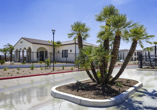 Montecito Apartment Homes Community Thumbnail 1