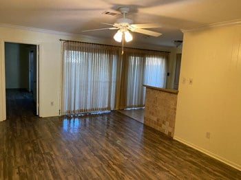 5780 Townhouse Lane 3 Beds Apartment for Rent Photo Gallery 1