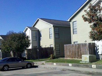 4335 Crow Road 1 Bed Apartment for Rent Photo Gallery 1