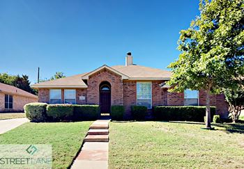 1249 OLD OAK DRIVE 4 Beds House for Rent Photo Gallery 1