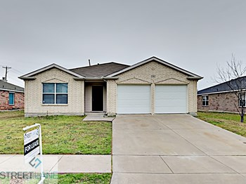 1303 DUNDEE DRIVE 3 Beds House for Rent Photo Gallery 1