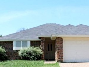 1932 GREEN WILLOW DRIVE 3 Beds House for Rent Photo Gallery 1