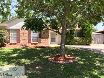 3909 ENGLEMAN STREET 4 Beds House for Rent Photo Gallery 1