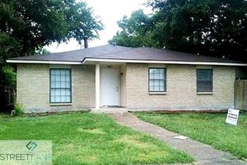 8801 VERNON DRIVE 4 Beds House for Rent Photo Gallery 1