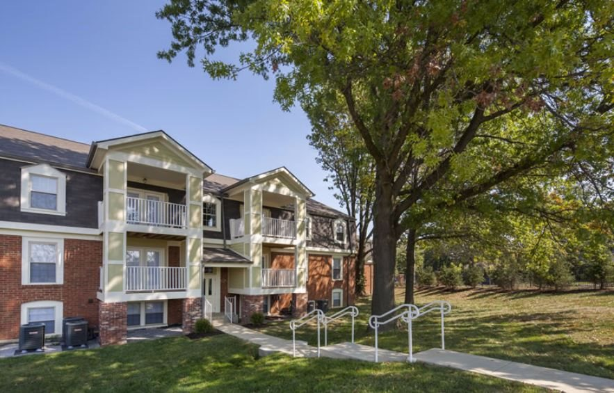 Apartments with Green Space in Lexington