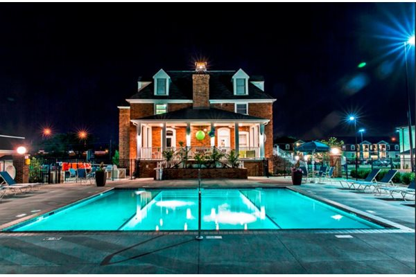 Apartments in Lexington with a pool